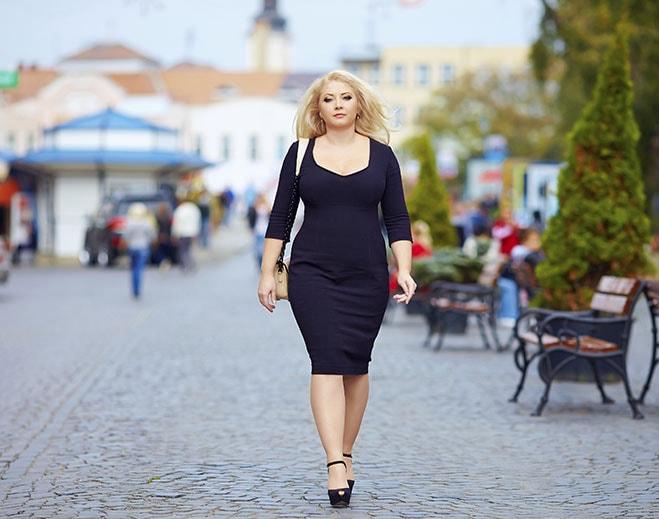 woman-walking-weightloss-min